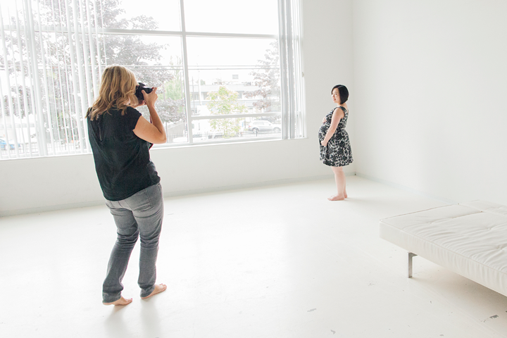 simplified session behind the scenes Vancouver maternity photography
