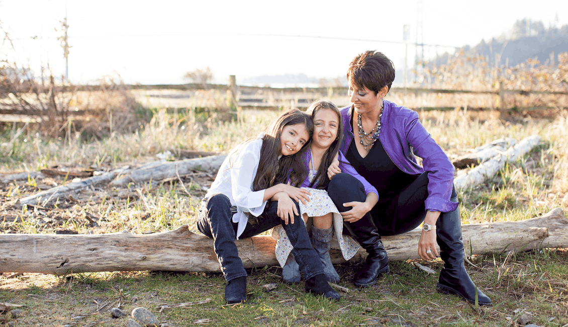family photos mom and daughters