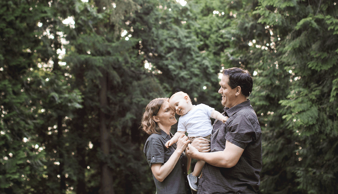 family photos in the forest in Vancouver