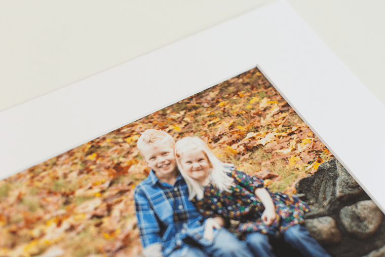 what is a mat when it comes to family photographs?