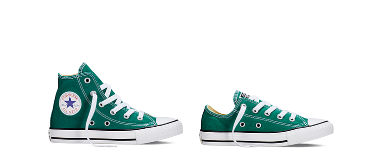 wearing green in family photographs Converse